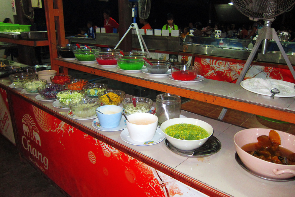 The dessert and salad buffet at Chonticha 2 Khao Lak restaurant